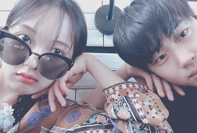 https: img.okezone.com content 2020 08 03 33 2255927 sibuk-kim-bo-ra-dan-jo-byeong-gyu-putus-setelah-1-5-tahun-pacaran-Re8AZTCcKi.jpg