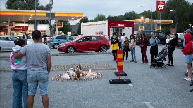 https: img.okezone.com content 2020 08 04 18 2256904 diterjang-peluru-nyasar-gadis-12-tahun-tewas-dalam-perang-antar-geng-swedia-VpLinm9zIj.jpg