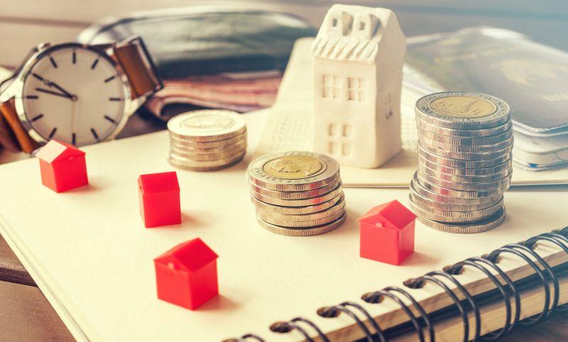 https: img.okezone.com content 2020 08 04 470 2256559 investasi-properti-atau-emas-lebih-menarik-mana-zirYE8Vk3s.jpeg
