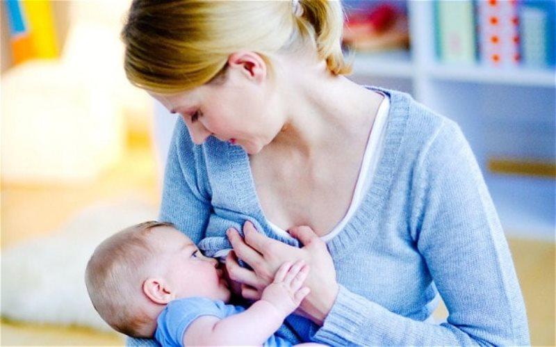 https: img.okezone.com content 2020 08 04 481 2256533 pekan-asi-sedunia-pentingnya-asi-eksklusif-untuk-tingkatkan-imunitas-bayi-2bbrV2FD3h.jpg