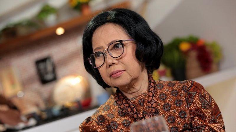 https: img.okezone.com content 2020 08 05 298 2257661 diisukan-pensiun-sisca-soewitomo-terima-kasih-perhatiannya-masyarakat-indonesia-6yXJUS2zdq.jpg