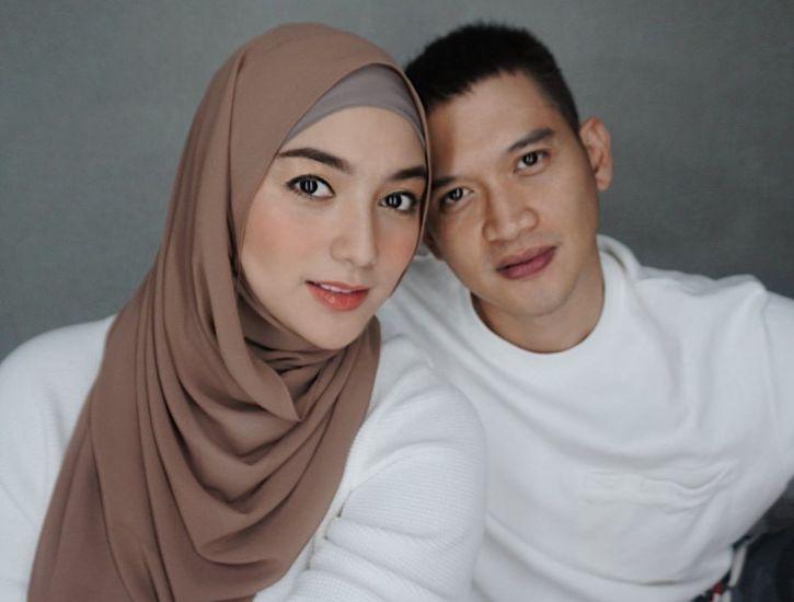 https: img.okezone.com content 2020 08 06 33 2257817 rezky-aditya-posting-foto-usg-anak-netizen-bibir-papanya-banget-CEm0bde6B4.jpg
