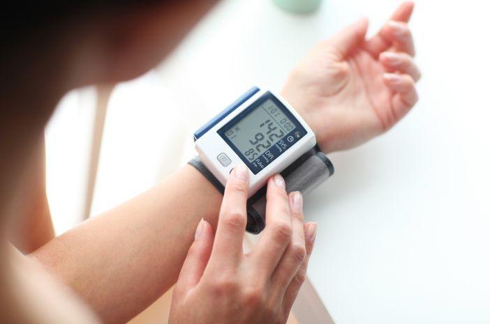 https: img.okezone.com content 2020 08 10 481 2260050 7-fakta-soal-kolesterol-siapa-bilang-anak-kecil-tak-punya-aesRUW00pg.jpg