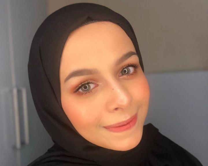 https: img.okezone.com content 2020 08 12 617 2261031 5-face-painting-ala-selebgram-hijab-dilla-al-jaidi-CA4ACM4d0v.JPG