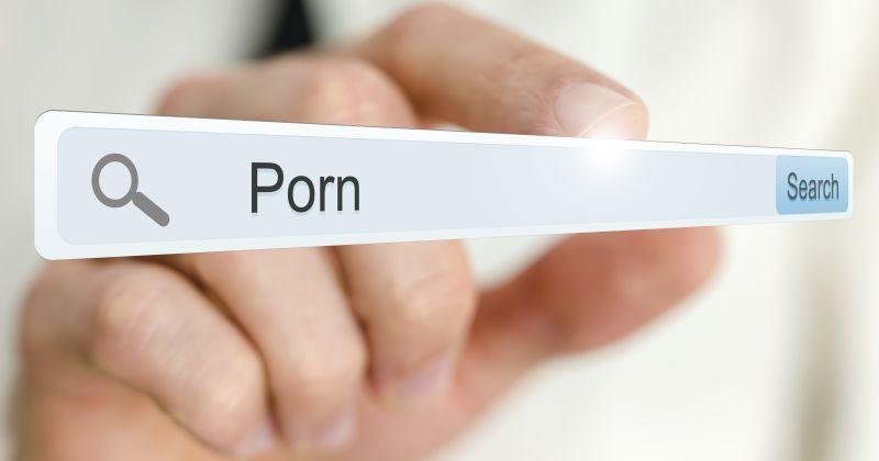 https: img.okezone.com content 2020 08 13 338 2261430 diduga-muat-konten-pornografi-situs-gurubp-dilaporkan-ke-polisi-j6il9MlaK7.jpg