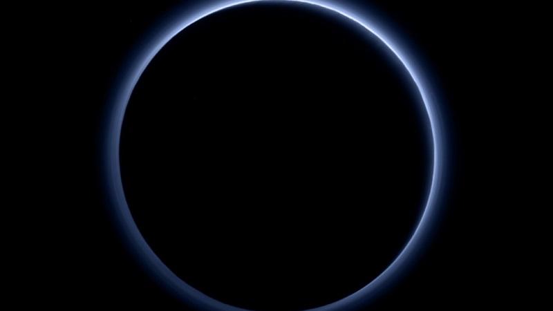 https: img.okezone.com content 2020 08 14 16 2262331 ilmuwan-pelajari-atmosfer-planet-kerdil-pluto-e96xQcpXar.jpg