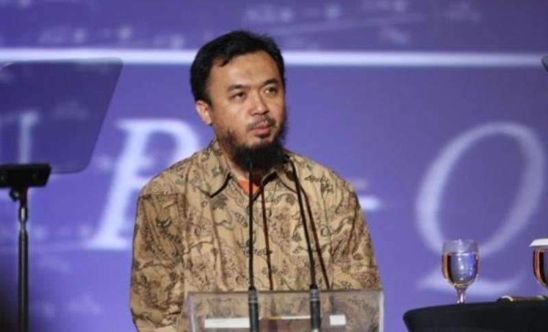 https: img.okezone.com content 2020 08 14 16 2262480 daftar-ilmuwan-asal-indonesia-yang-penemuannya-diakui-dunia-ksVf7p089B.jpg