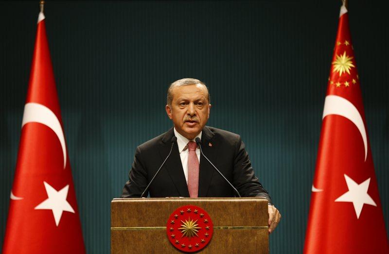 https: img.okezone.com content 2020 08 14 18 2262492 turki-ancam-putuskan-hubungan-dengan-uea-terkait-perjanjian-damai-dengan-israel-d51GJ6m1Do.jpg