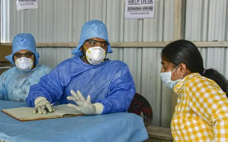 https: img.okezone.com content 2020 08 14 481 2262349 6-tips-aman-berkunjung-ke-rumah-sakit-di-era-new-normal-RXUq9I3v8v.jpg