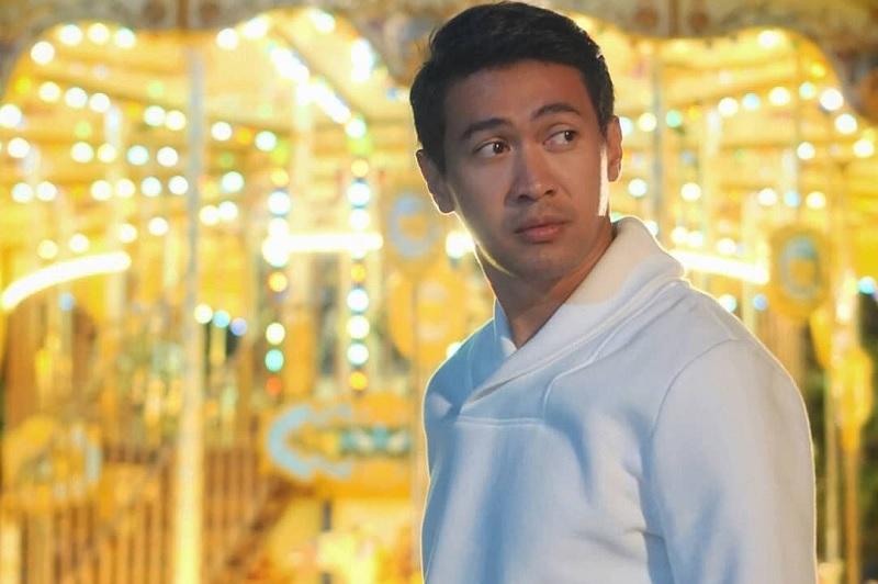 https: img.okezone.com content 2020 08 15 33 2262771 profil-hessel-steven-aktor-indonesia-yang-berkarier-di-thailand-DNnThB2oBO.jpg