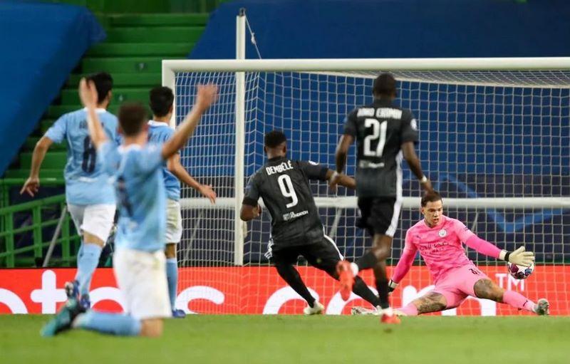 Man City Vs Lyon Hadirkan Kejutan Les Gones Menang 3 1 Okezone Bola