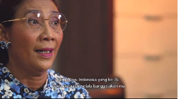 https: img.okezone.com content 2020 08 17 320 2263308 hut-ke-75-indonesia-susi-pudjiastuti-nyanyi-lagu-hari-merdeka-jlZLKiIu8h.png