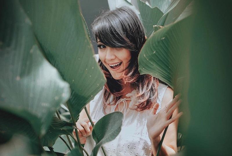 https: img.okezone.com content 2020 08 17 33 2263533 doa-sharena-delon-di-perayaan-hut-ke-75-indonesia-LvRQZ48dD1.jpg