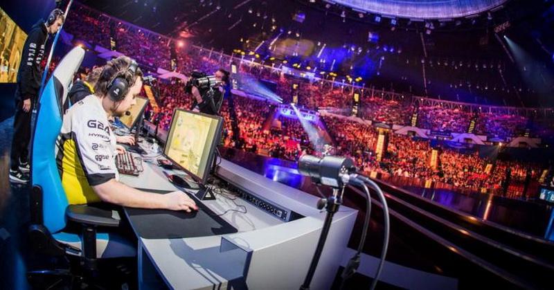 https: img.okezone.com content 2020 08 18 16 2263749 tampilkan-mobile-legends-piala-menpora-esports-capai-10-ribu-lebih-peserta-3umejjYbKf.jpg