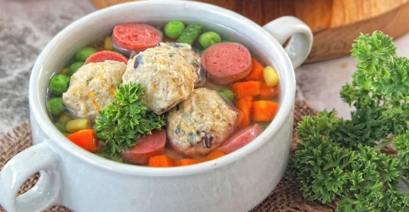 Resep Mpasi Sup Pelangi Bola Ayam Untuk Anak 1 Tahun Okezone Lifestyle