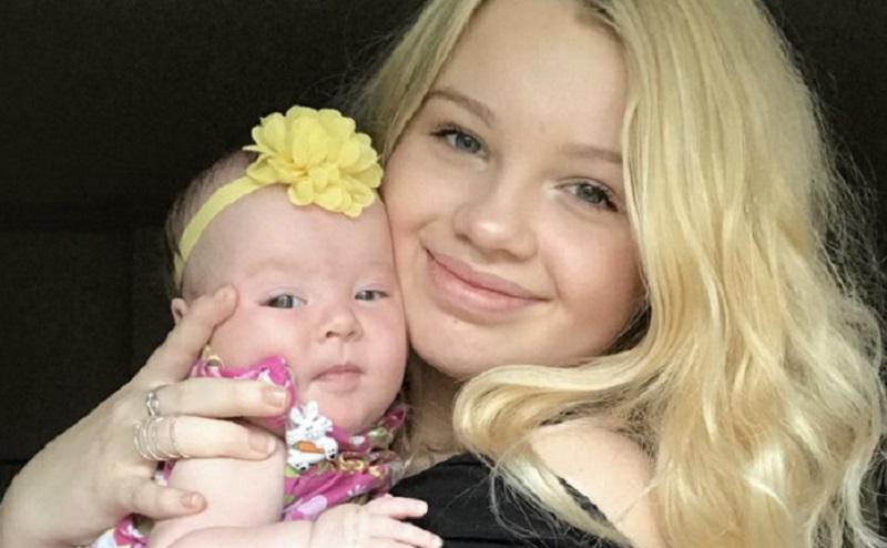 https: img.okezone.com content 2020 08 19 196 2264318 risiko-perkawinan-anak-anak-si-ibu-muda-alami-menopause-dini-jcIzzddAGs.jpg