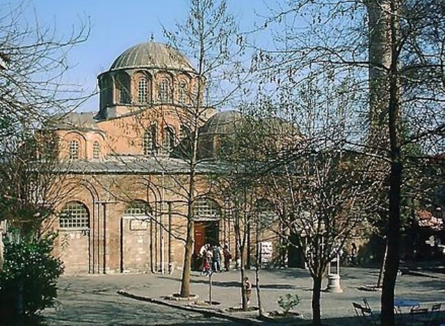 https: img.okezone.com content 2020 08 22 614 2265659 setelah-hagia-sophia-turki-ubah-bangunan-bersejarah-gereja-chora-jadi-masjid-DKpUBfU9Dr.jpg