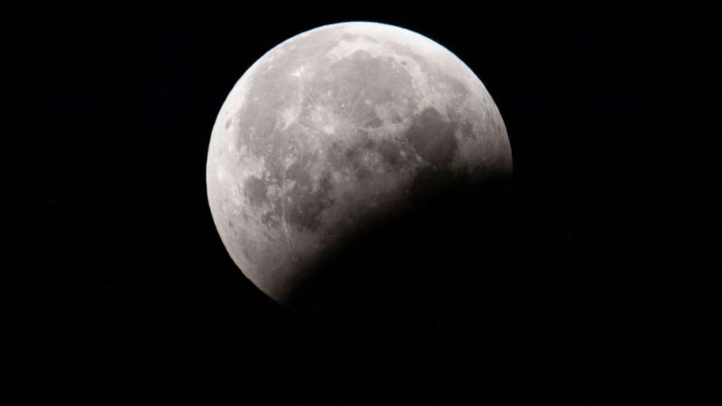 https: img.okezone.com content 2020 08 23 16 2266100 dua-fenomena-astronomi-di-pekan-terakhir-agustus-2020-pZaQEeloCg.jpg