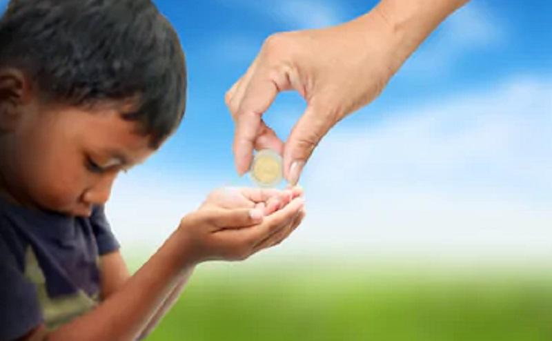 https: img.okezone.com content 2020 08 24 330 2266728 keutamaan-menyantuni-anak-yatim-di-bulan-muharram-dan-dalilnya-txD0mwKMN2.jpg