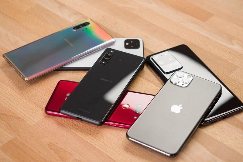 https: img.okezone.com content 2020 08 26 16 2267867 5-ponsel-android-terbaik-di-2020-s7PLdQjD0l.jpg