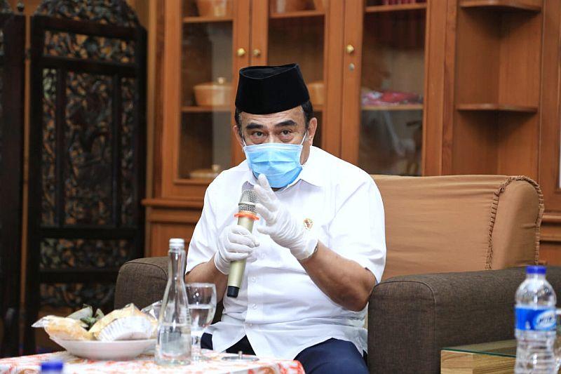 https: img.okezone.com content 2020 08 26 620 2267918 pandemi-corona-kepala-madrasah-dituntut-kreatif-dan-inovatif-Ao97GjHGFa.jpg