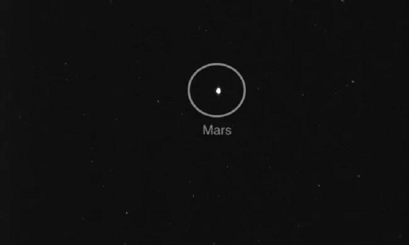 https: img.okezone.com content 2020 08 27 16 2268234 misi-hope-uae-mengirimkan-foto-perjalanan-menuju-mars-KLe9VnvyeW.jpg