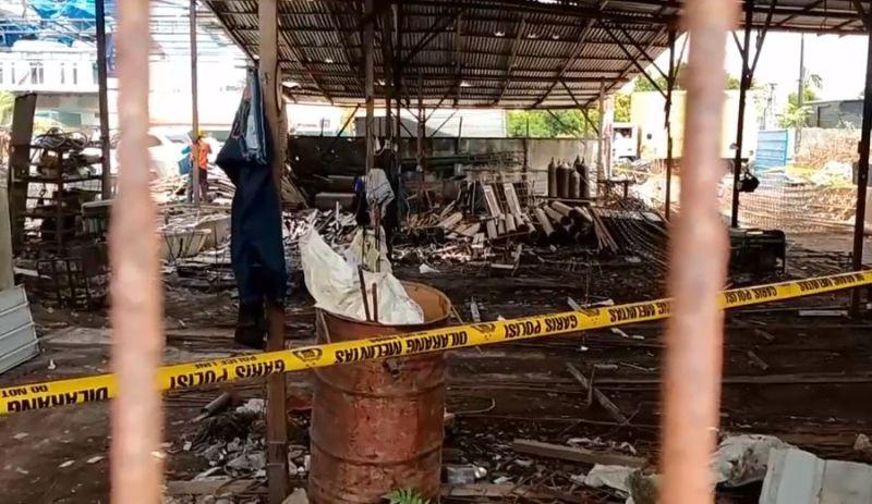 https: img.okezone.com content 2020 08 27 608 2268508 4-tewas-dalam-ledakan-bengkel-di-deliserdang-ini-identitasnya-jdRvoswv0L.jpg