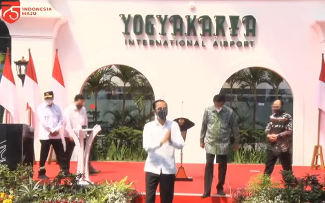 https: img.okezone.com content 2020 08 28 470 2268825 intip-kecanggihan-bandara-yia-yang-tahan-gempa-hingga-tsunami-12-meter-D8yVF1dRIm.png
