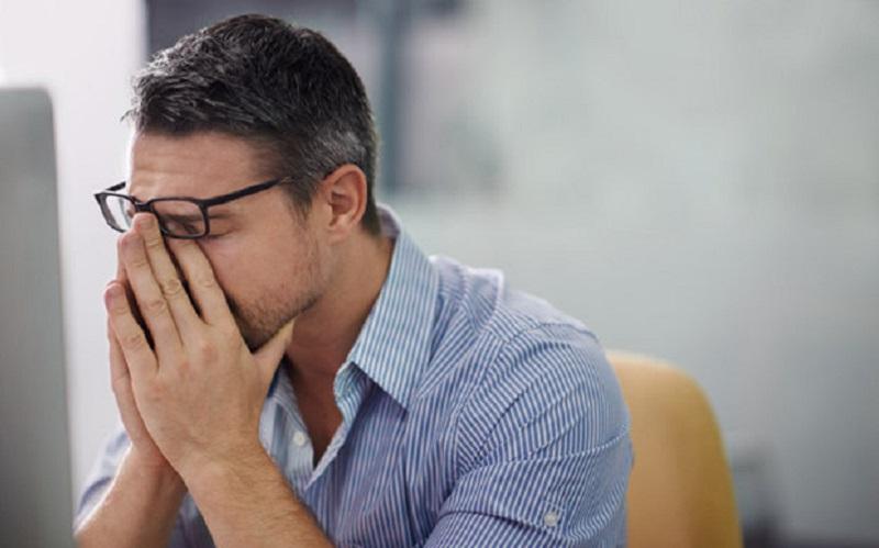https: img.okezone.com content 2020 08 28 481 2268816 penderita-gagal-jantung-diminta-hindari-stres-6nHqrfHAnm.jpg