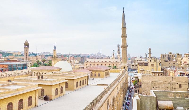 https: img.okezone.com content 2020 08 28 614 2268969 masjid-di-mesir-kembali-gelar-sholat-jumat-khotbah-dibatasi-10-menit-eEpVnXUEte.jpg