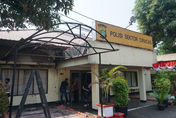 Kasus Perusakan Polsek Ciracas, Panglima TNI: Prada MI Hubungi 27 Rekannya  : Okezone Nasional