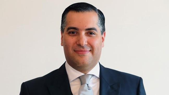 https: img.okezone.com content 2020 08 31 18 2270204 diplomat-mustapha-adib-akan-ditunjuk-jadi-perdana-menteri-baru-lebanon-it5VBYxFHd.jpg