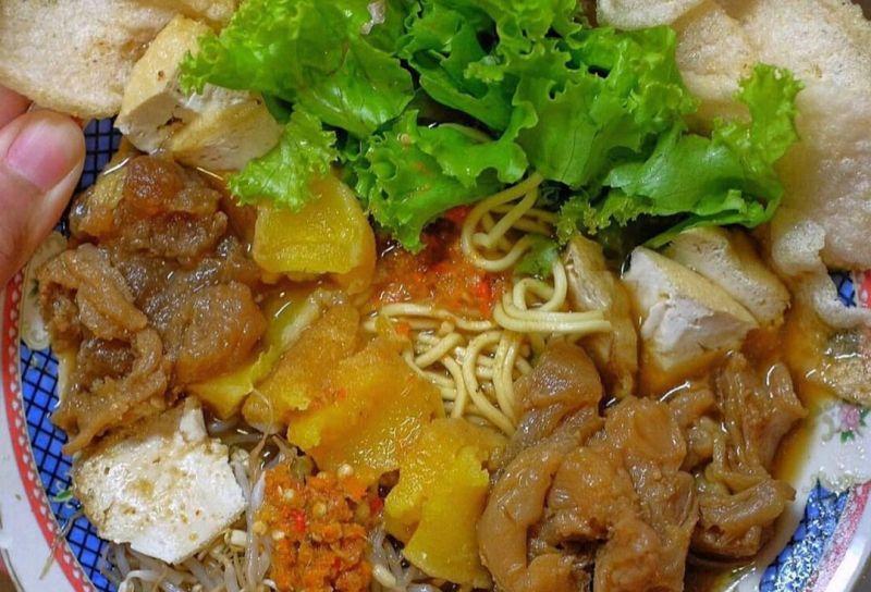 https: img.okezone.com content 2020 08 31 301 2270515 4-kuliner-legendaris-favorit-arek-suroboyo-NCKqN66XvN.jpg