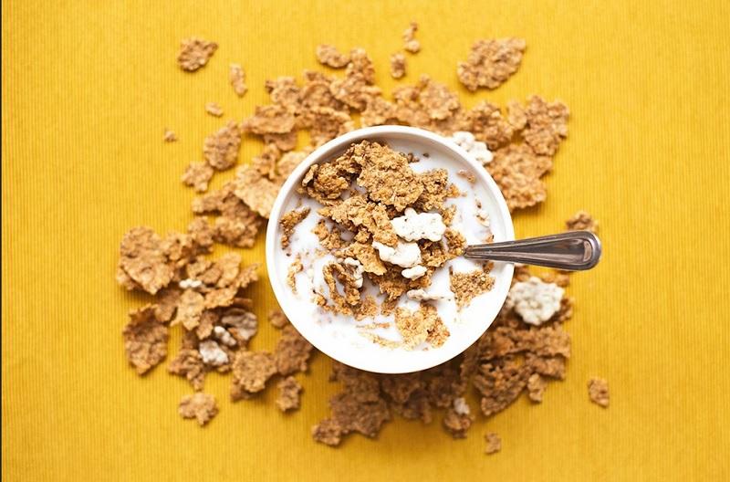 https: img.okezone.com content 2020 08 31 481 2270161 dikenal-sehat-5-makanan-ini-bisa-bikin-anda-kegemukan-WzjCakSkAq.jpg
