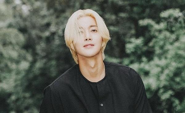 Viral Kim Hyun Joong Selamatkan Nyawa Seorang Chef Okezone Celebrity