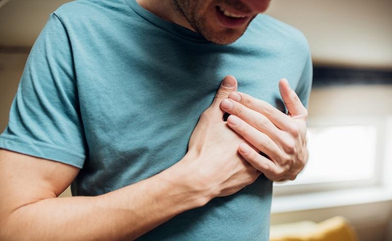 https: img.okezone.com content 2020 09 01 481 2270898 kenali-penyebab-penyakit-jantung-berdasarkan-jenisnya-apa-saja-qDs1hAHOiS.jpg