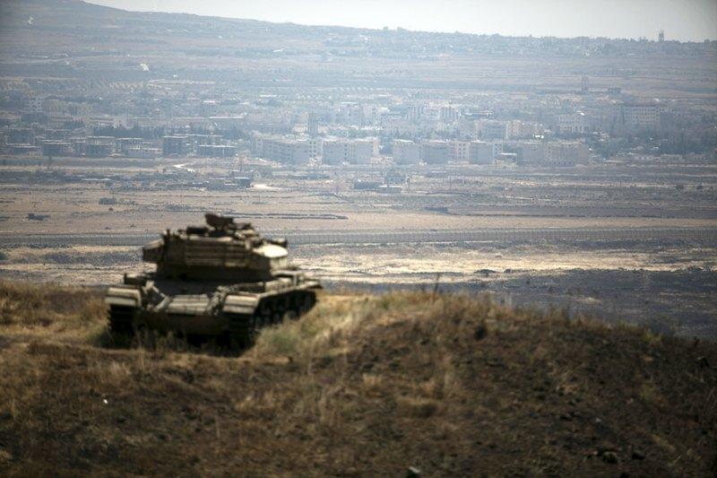 https: img.okezone.com content 2020 09 02 18 2271517 tentara-israel-tembaki-rumah-sakit-palestina-dengan-gas-air-mata-uRDkQp0ZoY.jpg