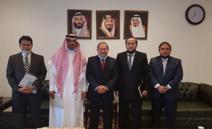 https: img.okezone.com content 2020 09 02 614 2271406 kjri-dan-kementerian-haji-arab-saudi-akan-bertemu-bahas-umrah-1442h-tLuQ2SbB2E.JPG