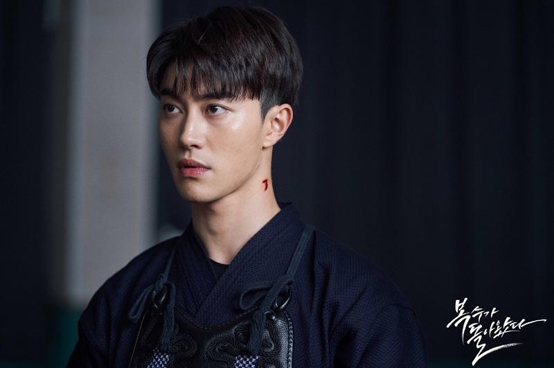 https: img.okezone.com content 2020 09 03 598 2272051 kwak-dong-yeon-gabung-dengan-song-joong-ki-dalam-vincenzo-lWoGnJi8qq.JPG