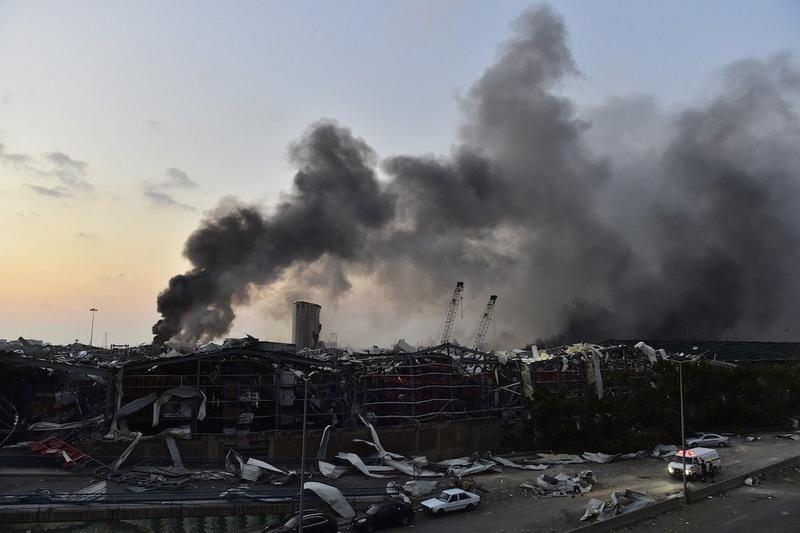 https: img.okezone.com content 2020 09 04 18 2272622 detak-jantung-terdeteksi-di-bawah-puing-bangunan-sebulan-setelah-ledakan-beirut-exZp9ZbLy0.jpg