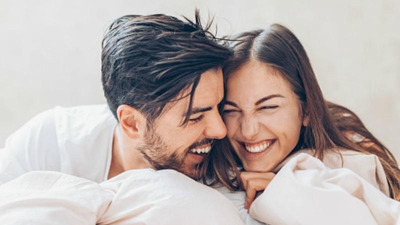 https: img.okezone.com content 2020 09 04 612 2272596 usia-pernikahan-berdampak-pada-fisik-dan-mental-wanita-LxFynTf3mk.jpg
