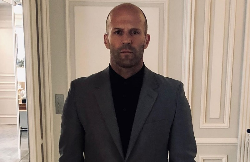 https: img.okezone.com content 2020 09 05 206 2273165 jason-statham-dan-guy-ritchie-reuni-di-film-five-eyes-pjarCYzpv5.jpg