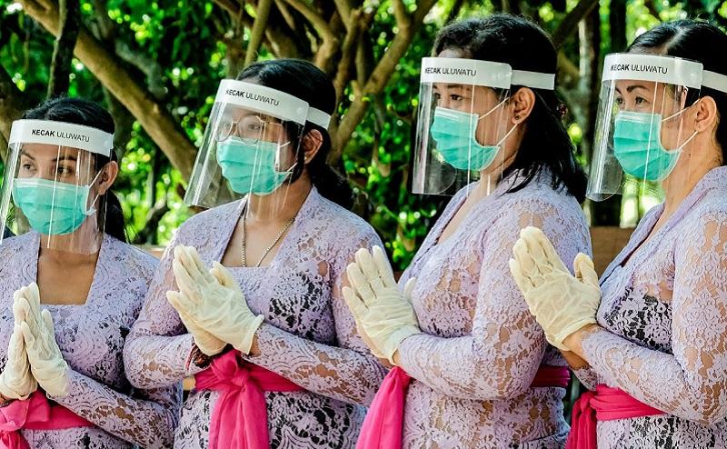 https: img.okezone.com content 2020 09 05 406 2272983 antusiasme-wisatawan-domestik-meningkat-penerapan-protokol-kesehatan-harus-ketat-GctIFarsNu.jpg