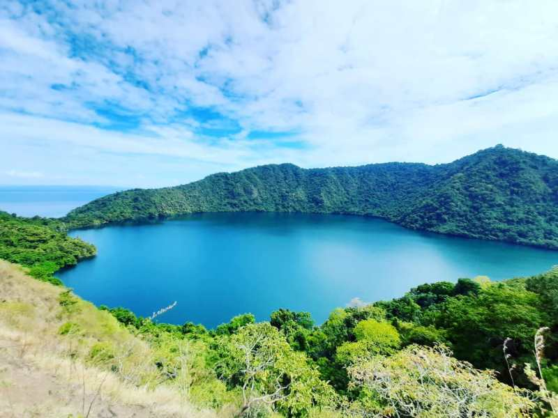 https: img.okezone.com content 2020 09 05 408 2273125 pesona-satonda-pulau-unik-dan-eksotik-di-timur-indonesia-FUcEEZeFe4.jpg