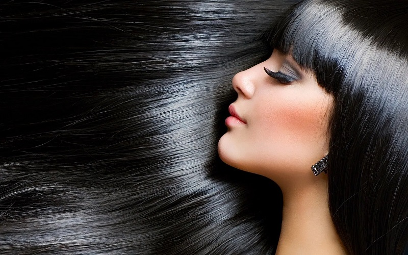 https: img.okezone.com content 2020 09 05 611 2273110 kesal-rambut-sering-lepek-coba-atasi-dengan-4-cara-ini-PKrB240rpv.jpg