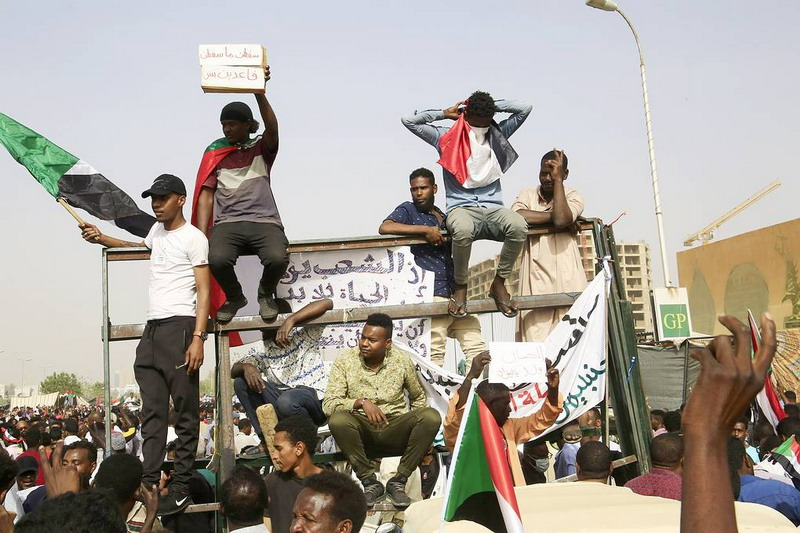 https: img.okezone.com content 2020 09 08 18 2274366 tinggalkan-pemerintahan-islam-setelah-3-dekade-sudan-beralih-jadi-negara-sekuler-d6u2mbydLG.jpg