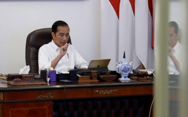 https: img.okezone.com content 2020 09 08 337 2274317 presiden-jokowi-minta-politik-identitas-tak-digunakan-di-pilkada-WdSXMdoR8T.jpg
