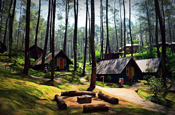 https: img.okezone.com content 2020 09 08 408 2274290 5-tempat-wisata-romantis-di-bandung-asyik-buat-honeymoon-2B958bzuoL.jpg