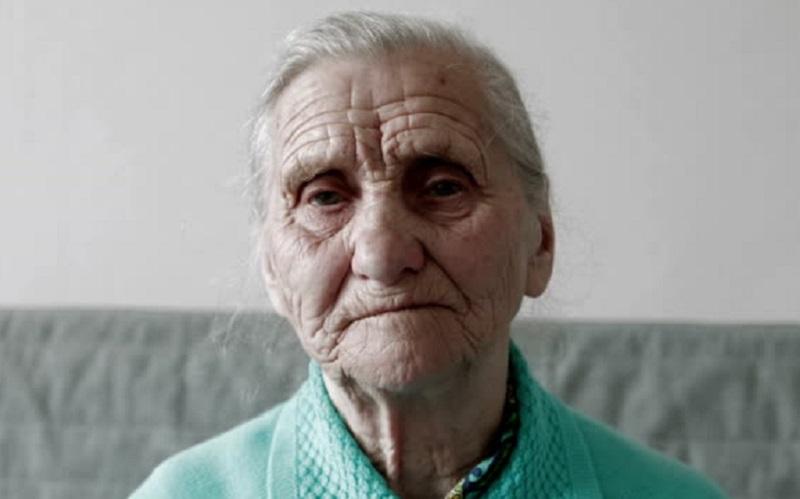 https: img.okezone.com content 2020 09 08 481 2274286 pandemi-covid-19-membuat-banyak-orang-rentan-kesepian-termasuk-penderita-demensia-9SF2AheaGc.jpg