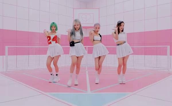 https: img.okezone.com content 2020 09 09 205 2274849 blackpink-jadi-girl-group-korea-pertama-yang-tembus-top-20-billboard-hot-100-EVorzjD7Cy.jpg